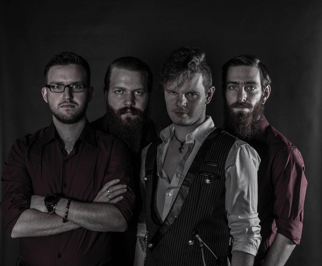 RiseinChains Band